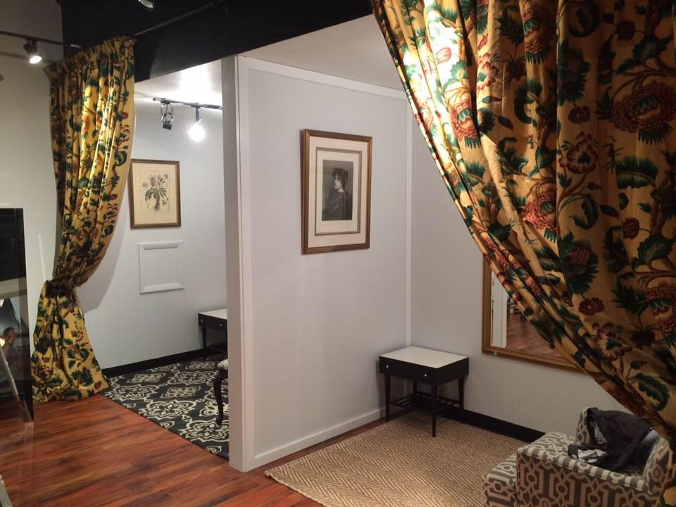 Vintage 102 Dressing Room. U201c